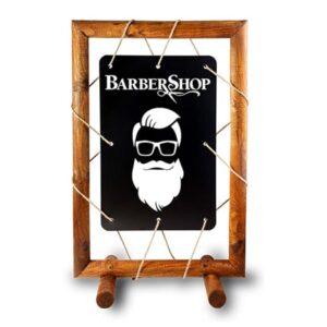 Barbershop Kreidetafel Aufsteller mit hängender Tafel und Seilen beschriftet mit Barbershop Motiv