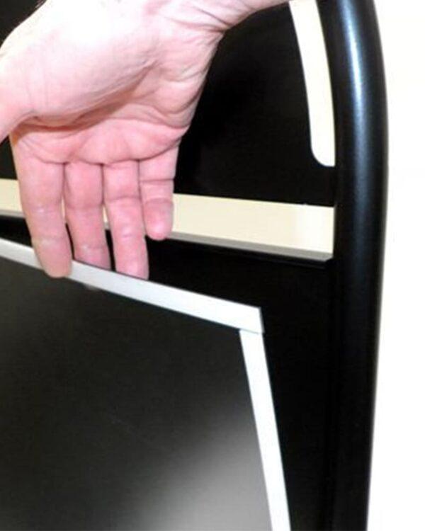 Kundenstopper Stahlrohr Basic Circle, Gehwegaufsteller aus Metall, Strassenaufsteller aus Stahl, magnetische Schutzfolie