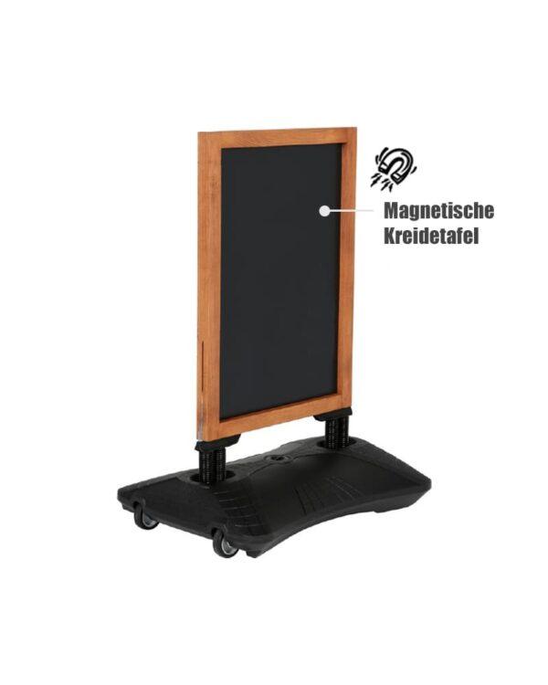 windfester Holz Kundenstopper mit auffüllbarem Wassertank in schwarz, magnetische Kreidetafel