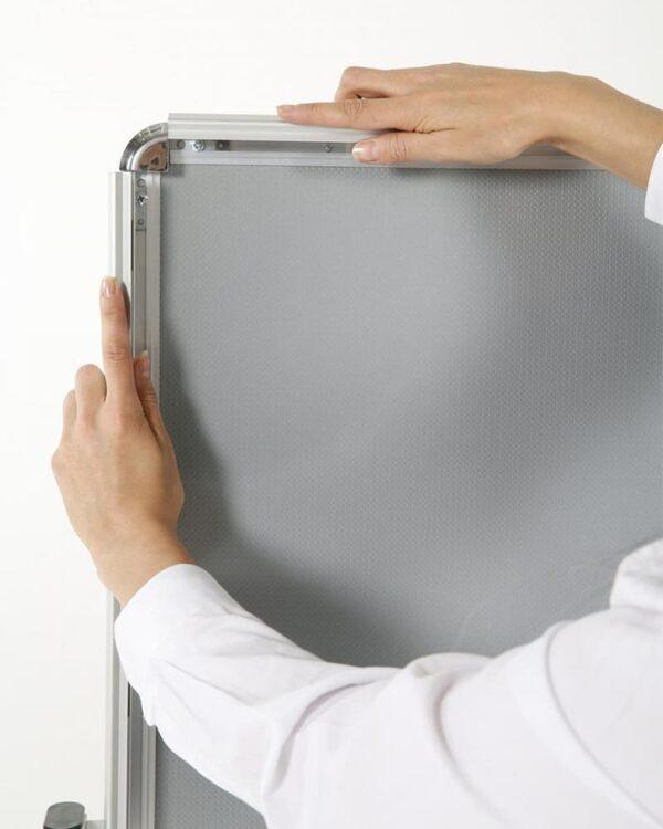 Antireflex UV-Schutzfolie des Kundenstoppers T-Fuss aus Alu