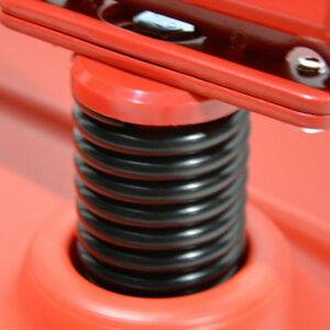 Stahlfeder des windfesten Plakatständers in rot